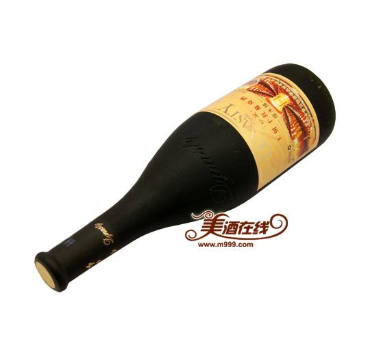 评:王朝珍藏橡木桶干红葡萄酒(750ml)选用天津燕山山脉产区30%梅鹿辄